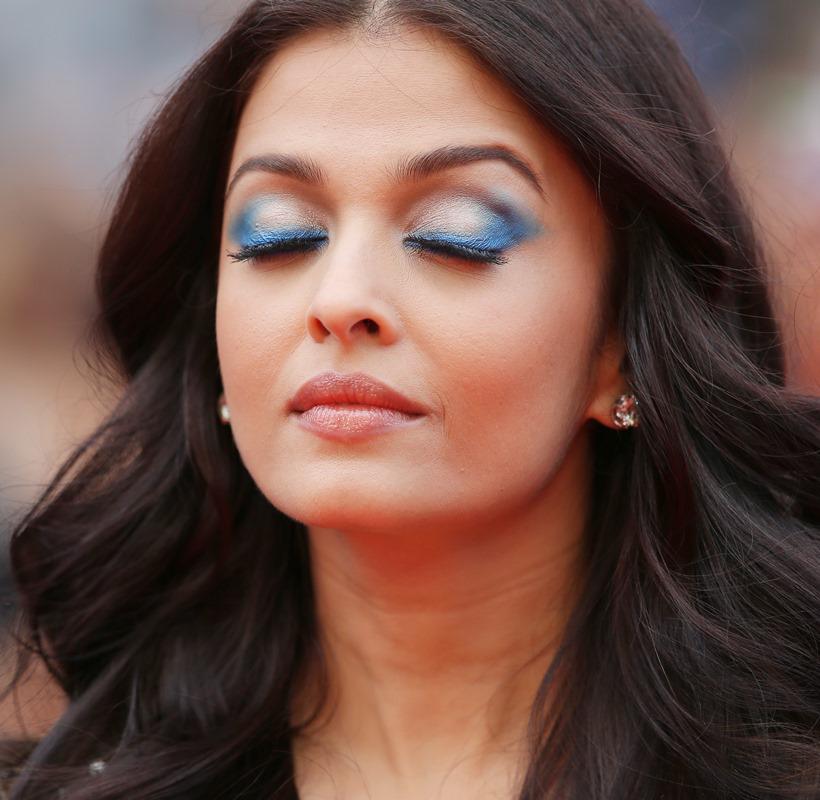 PHOTOS: Cannes 2016: Aishwarya Rai Bachchan steals the show in