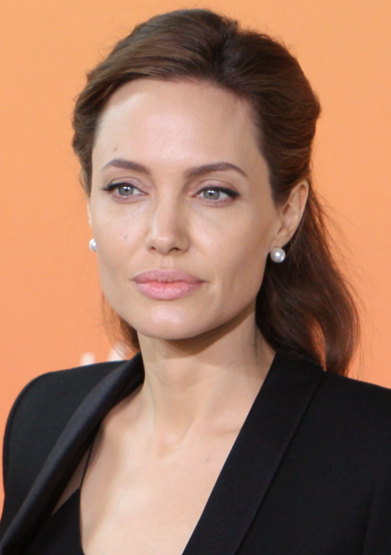 Angelina Jolie - Wikipedia