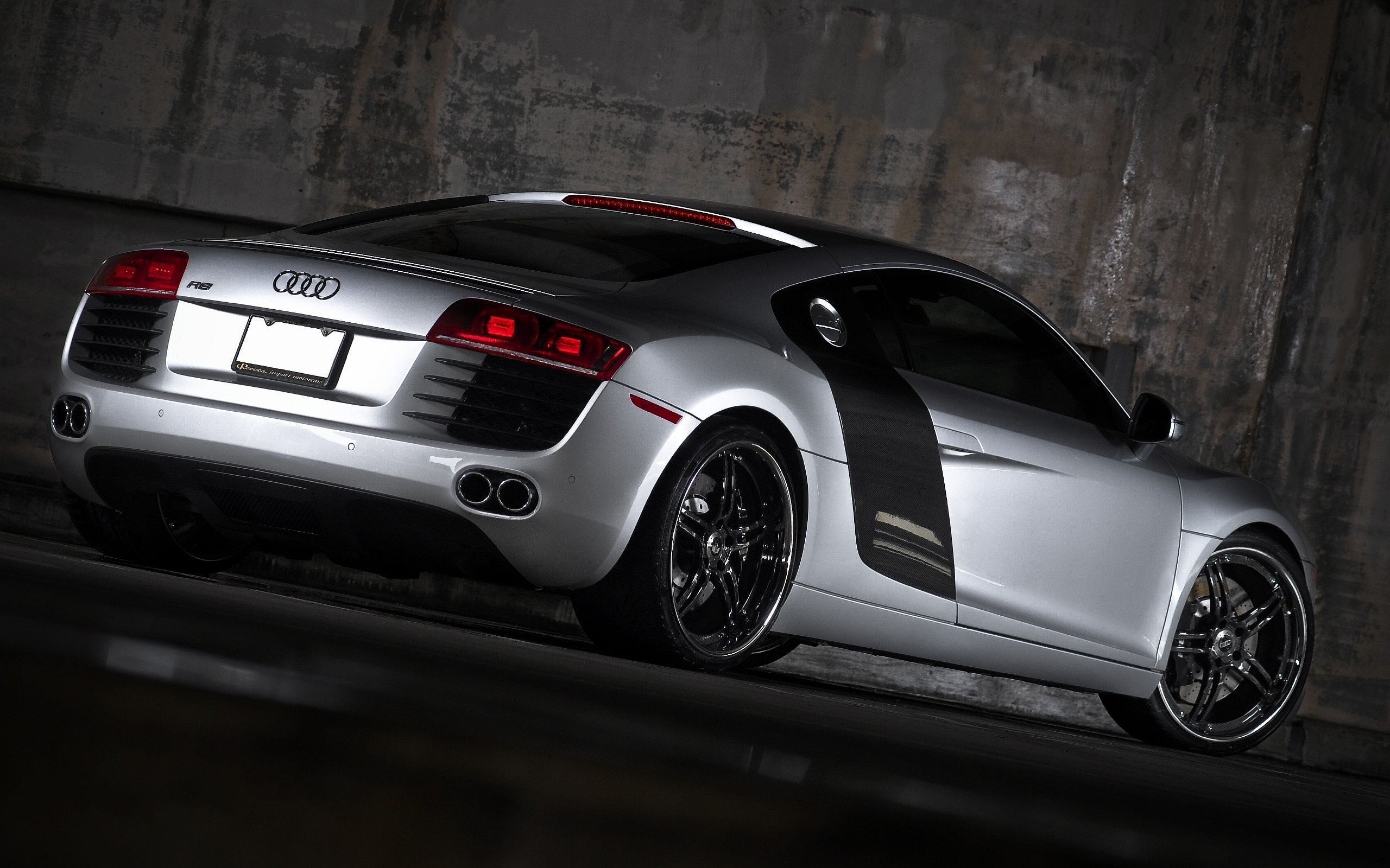 185 Audi R8 HD Wallpapers