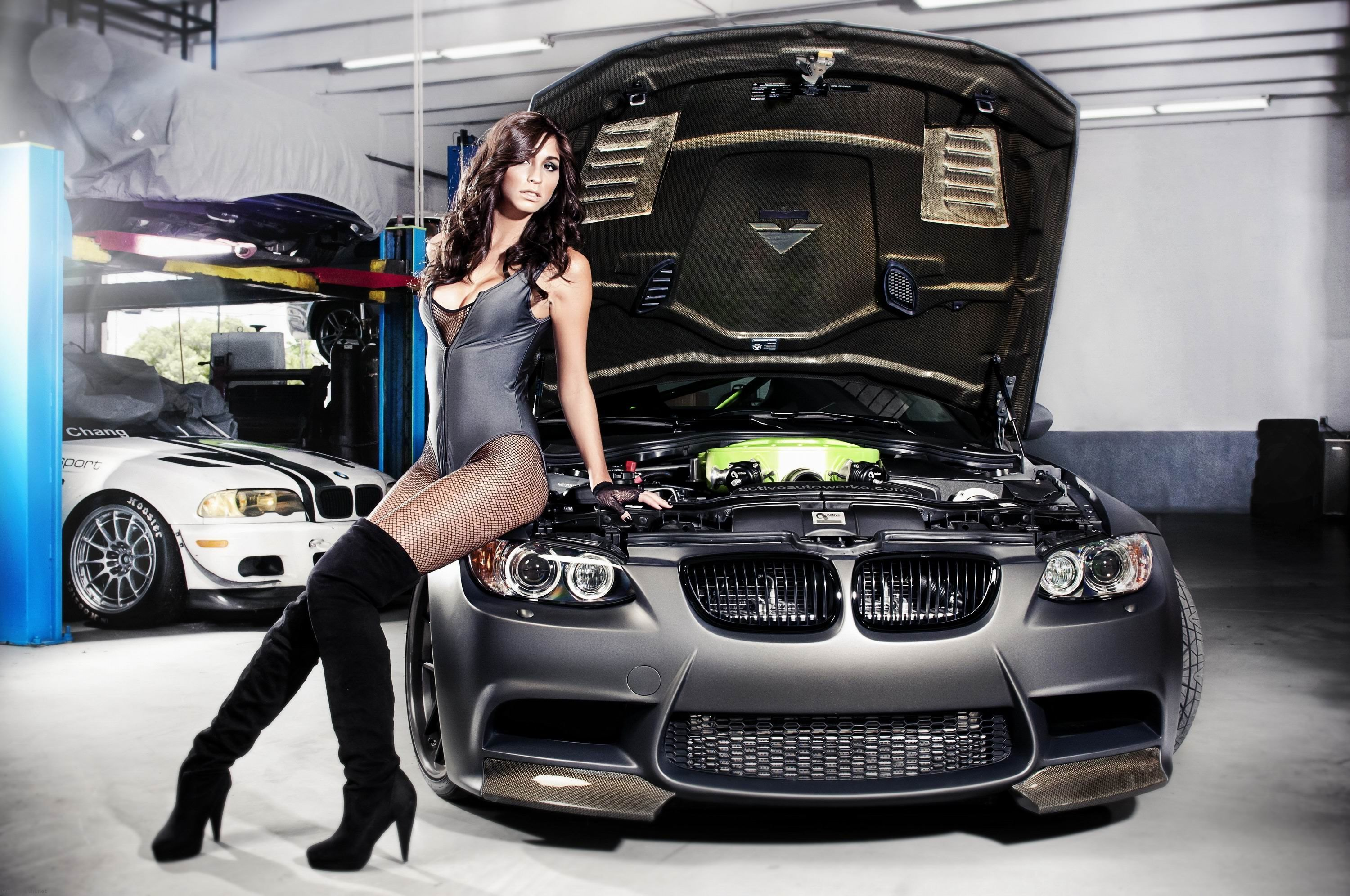 Fit Girl And Car Wallpapers | Car Wallpapers