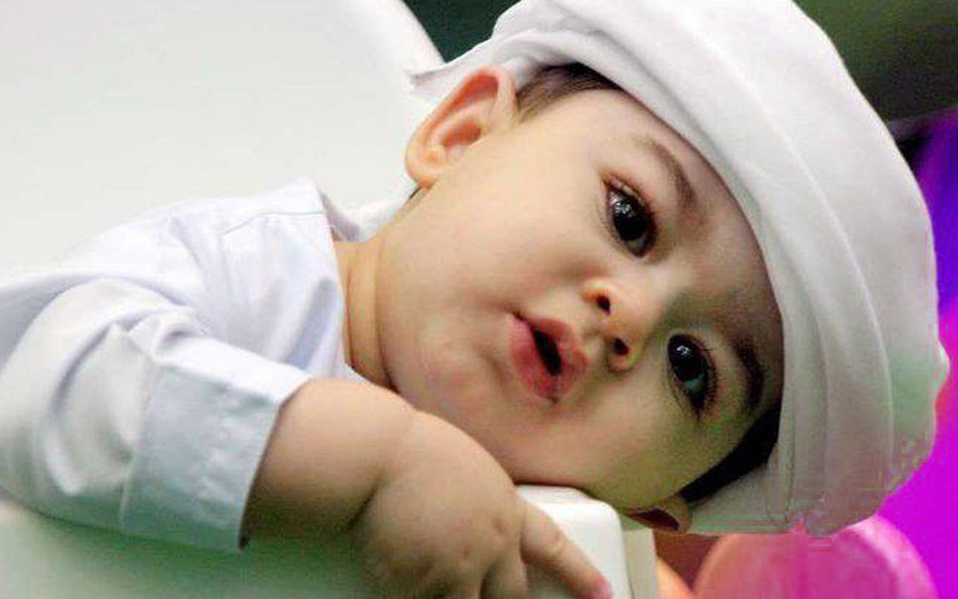 For Your Desktop: 50 Top Quality Baby Cute Wallpapers, SHunVMall