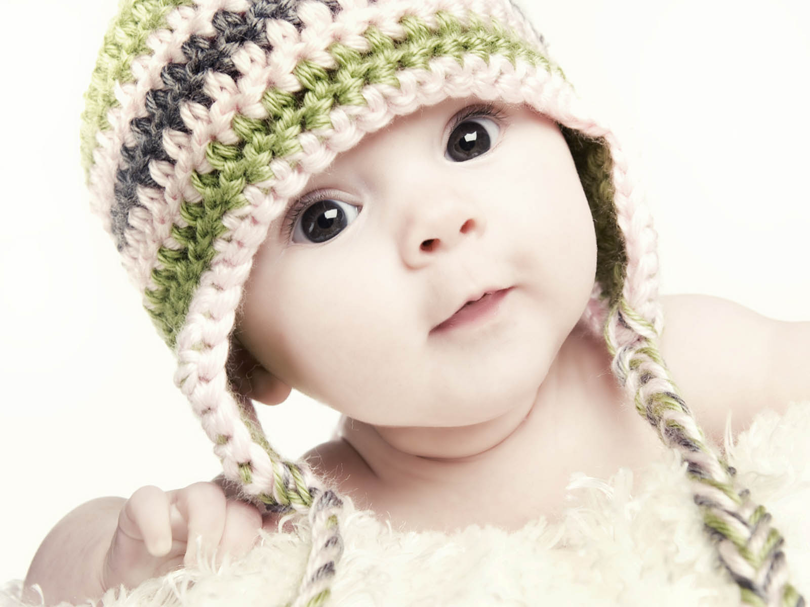 Baby Girl Wallpaper for Desktop - WallpaperSafari
