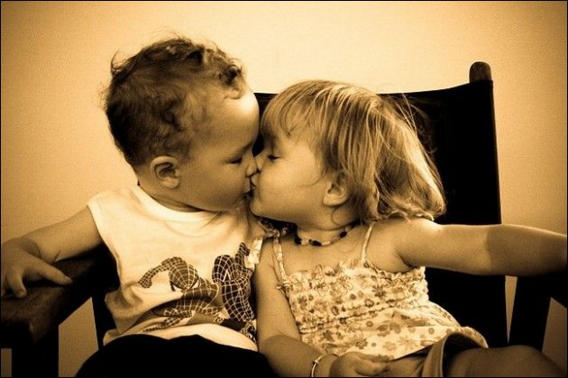 Baby Kiss Images, Awesome Baby Kiss Pictures and Wallpapers (48+