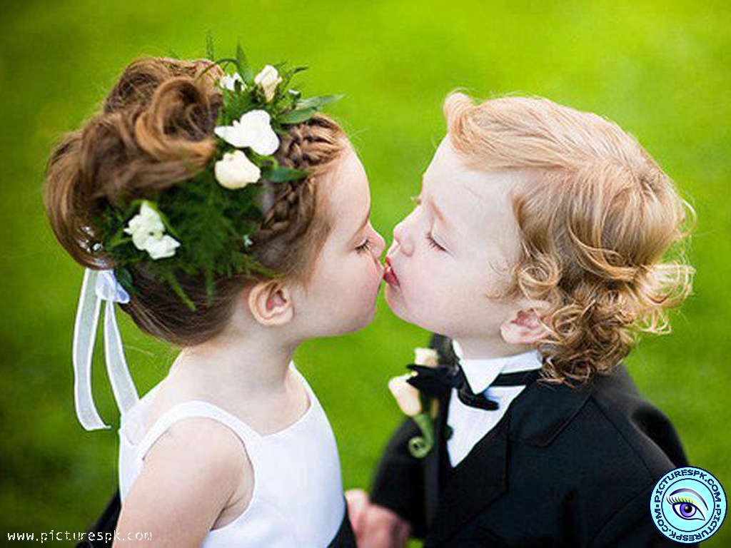 Collection of Baby Kiss Images on HDWallpapers