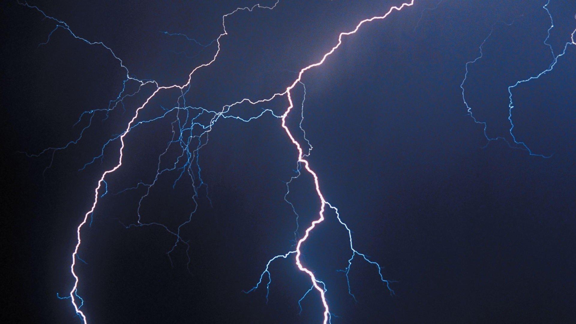 Lightning Background Wallpaper