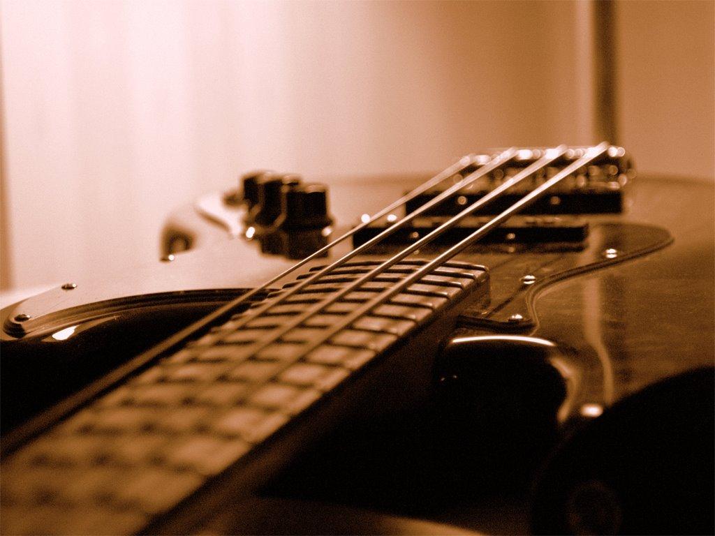 Bass Guitar iPhone Wallpaper - WallpaperSafari
