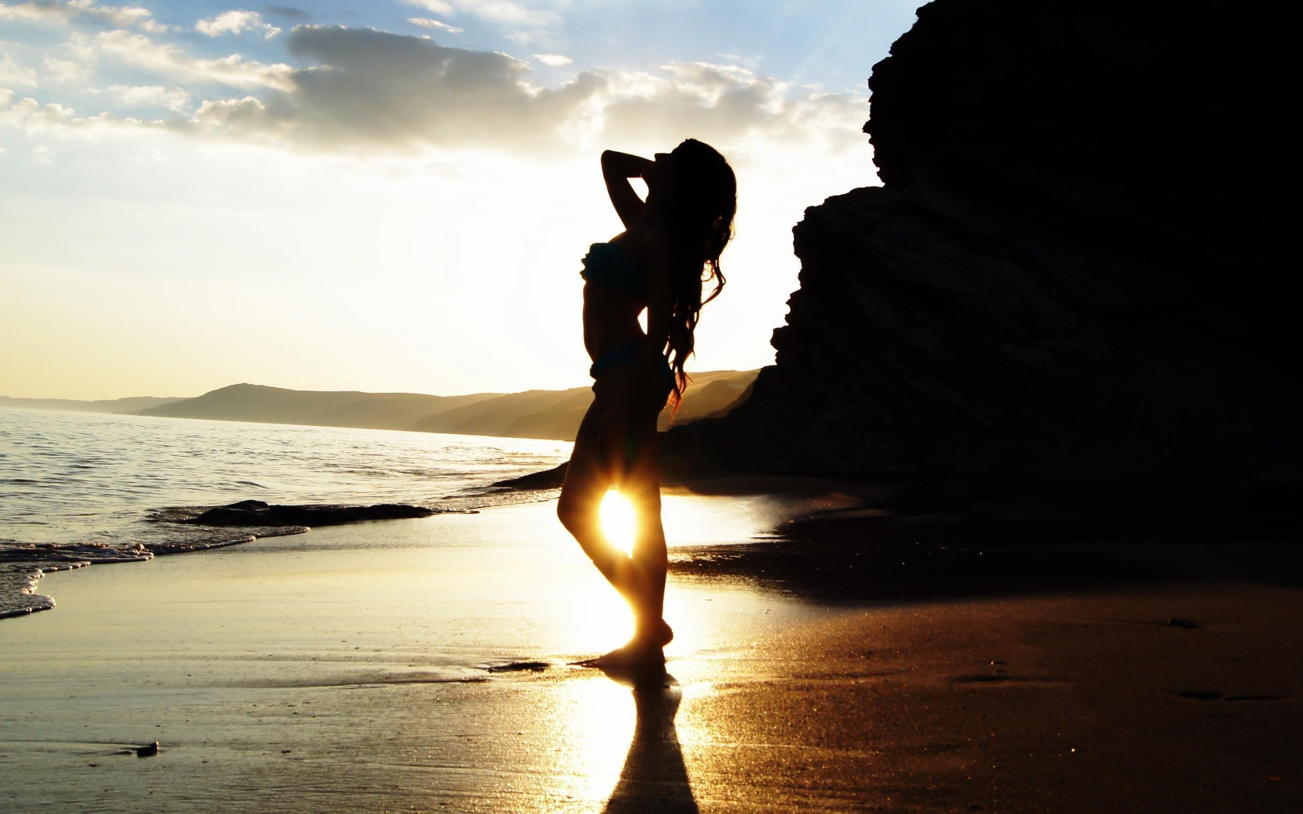 evening-beach-girl-cool-image-hd-wallpapers - HDWallpaperSets Com