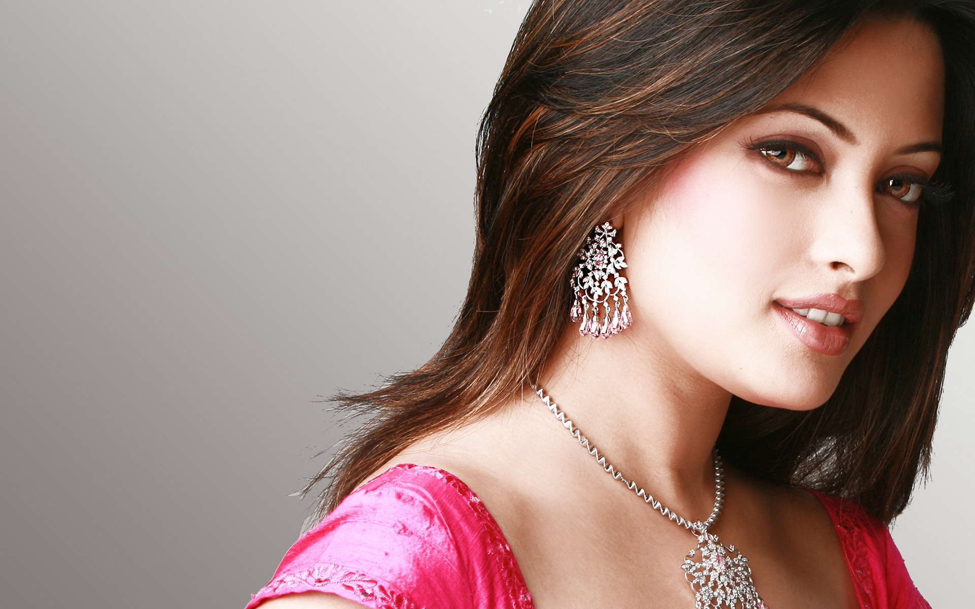 Collection of Beautiful Girl Hd Wallpaper on HDWallpapers