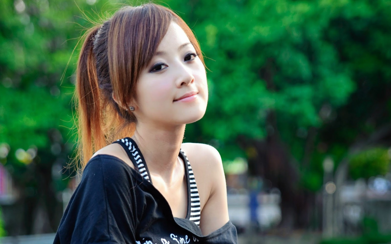 60+ Cute and Beautiful Girls Wallpapers (HD Widescreen)   Most