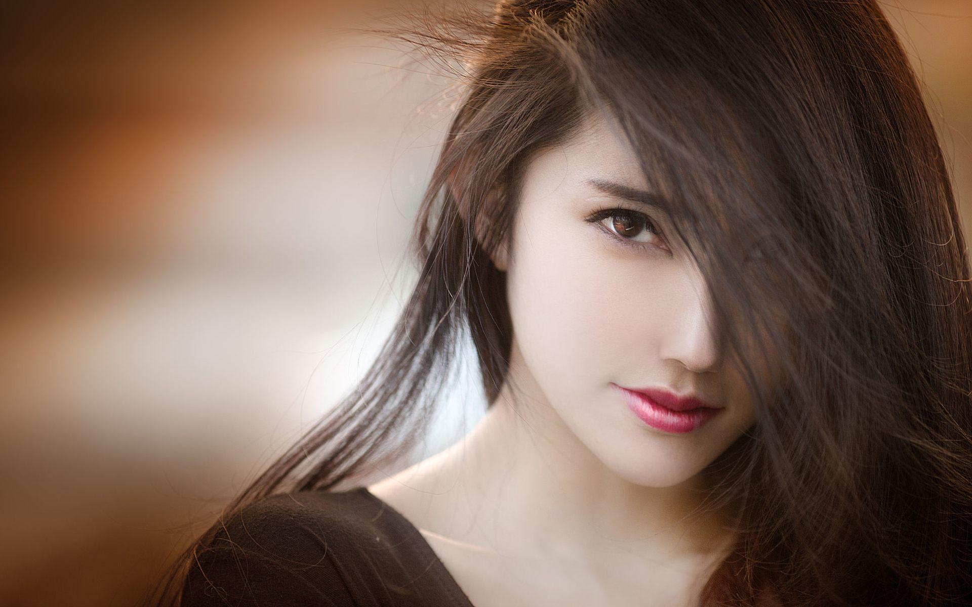 Very Beautiful Girl Wallpaper HD Download For Desktop & Mobile