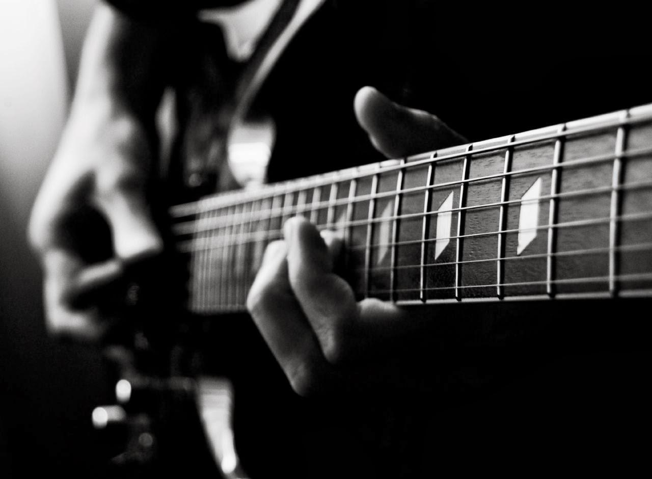 33 units of Wallpaper Guitar
