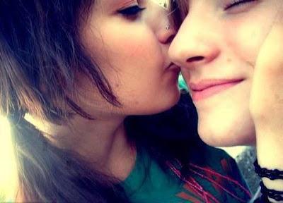 Boy And Girl Kissing Wallpaper Sf Wallpaper