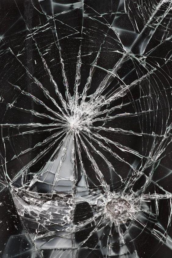 Cracked screen iPhone wallpaper | iphone wallpapers | Pinterest