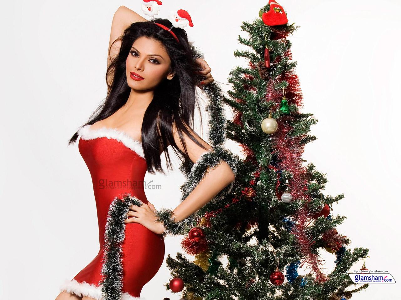 Bollywood babes celebrate Christmas - Glamsham