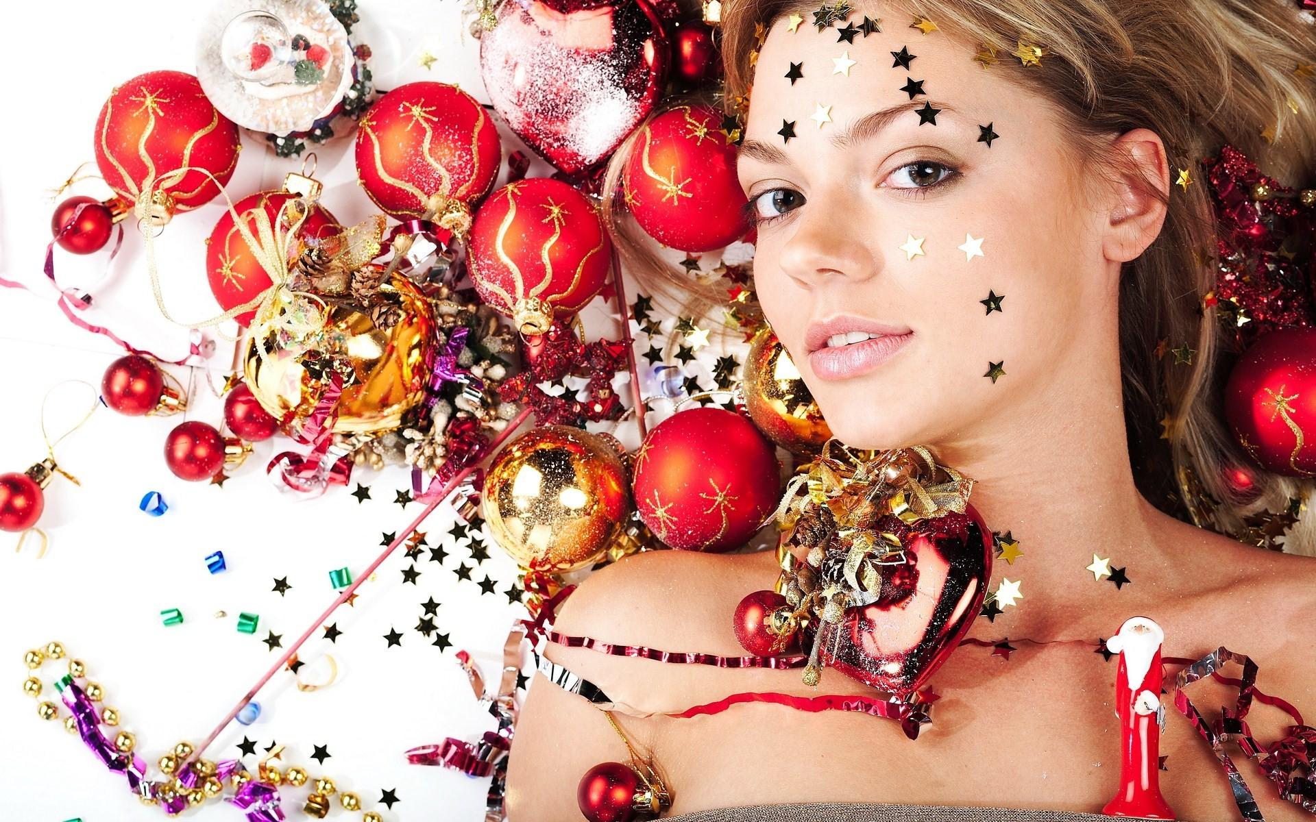 Christmas Girls Wallpapers 2016 - Wishespoint