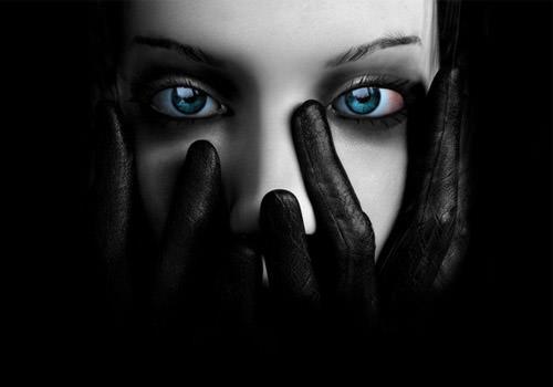 Stunning Black Wallpapers (Dark) For Your Desktop - Hongkiat