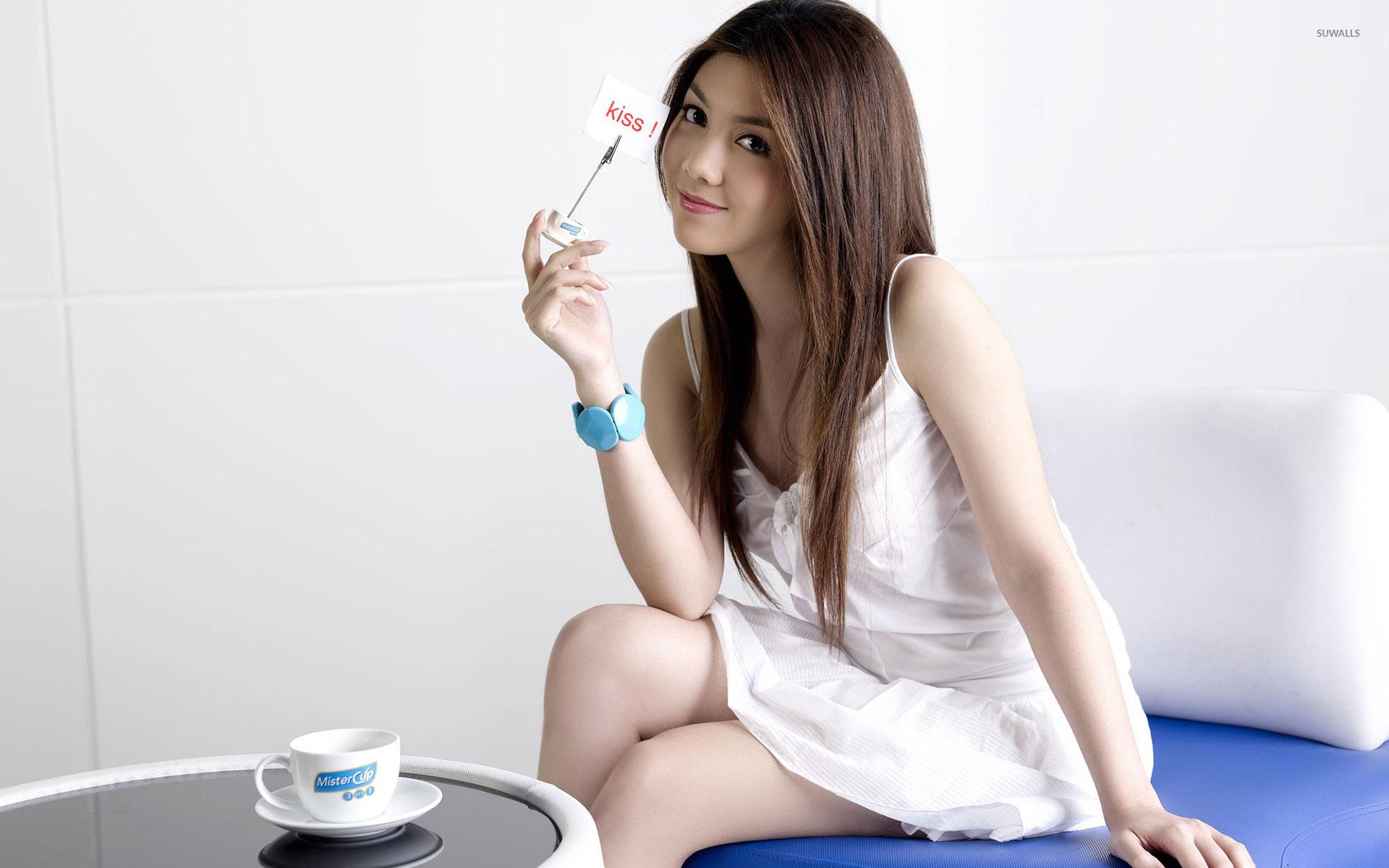 Cute asian girl wallpaper - Girl wallpapers - #35340