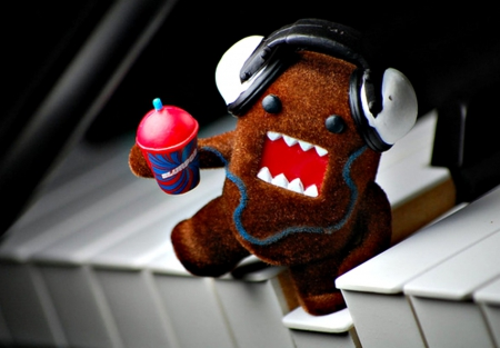Domo ( Musical ) - Photography & Abstract Background Wallpapers on