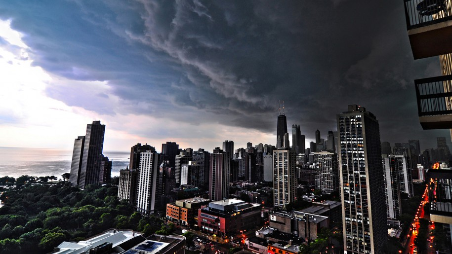 Dark City Storm Clouds Over Chicago Wallpapers Hd 2560x1440