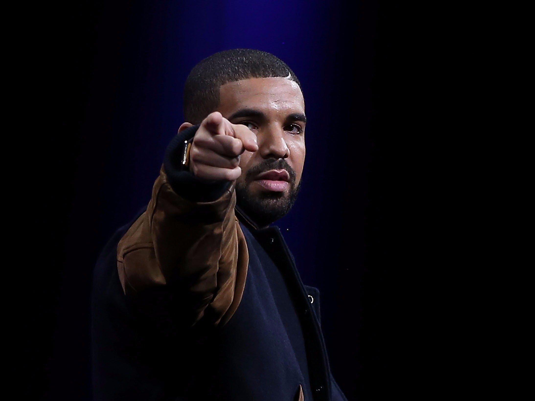 Drake desktop wallpaper