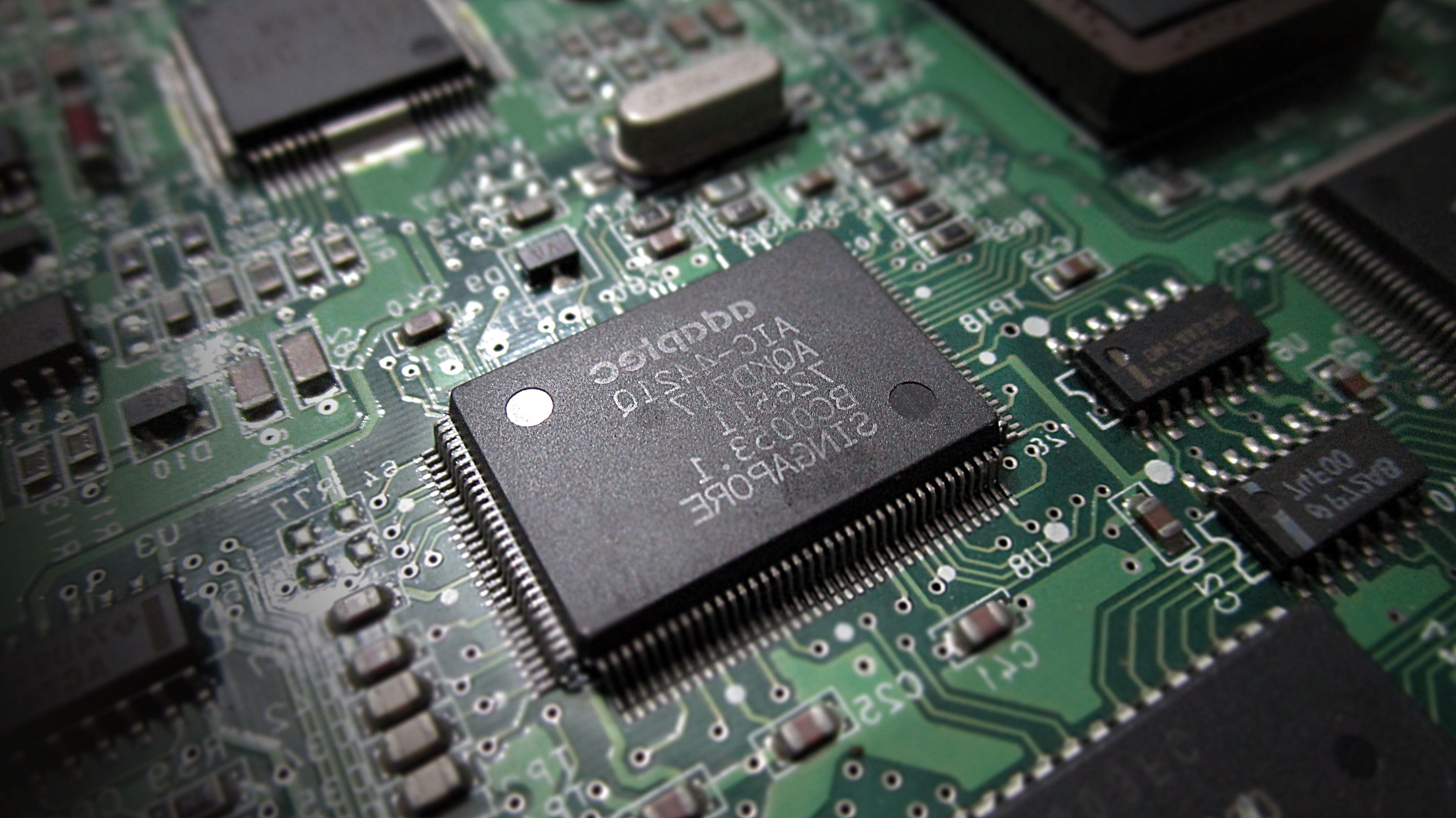 Electronics Circuit Wallpaper