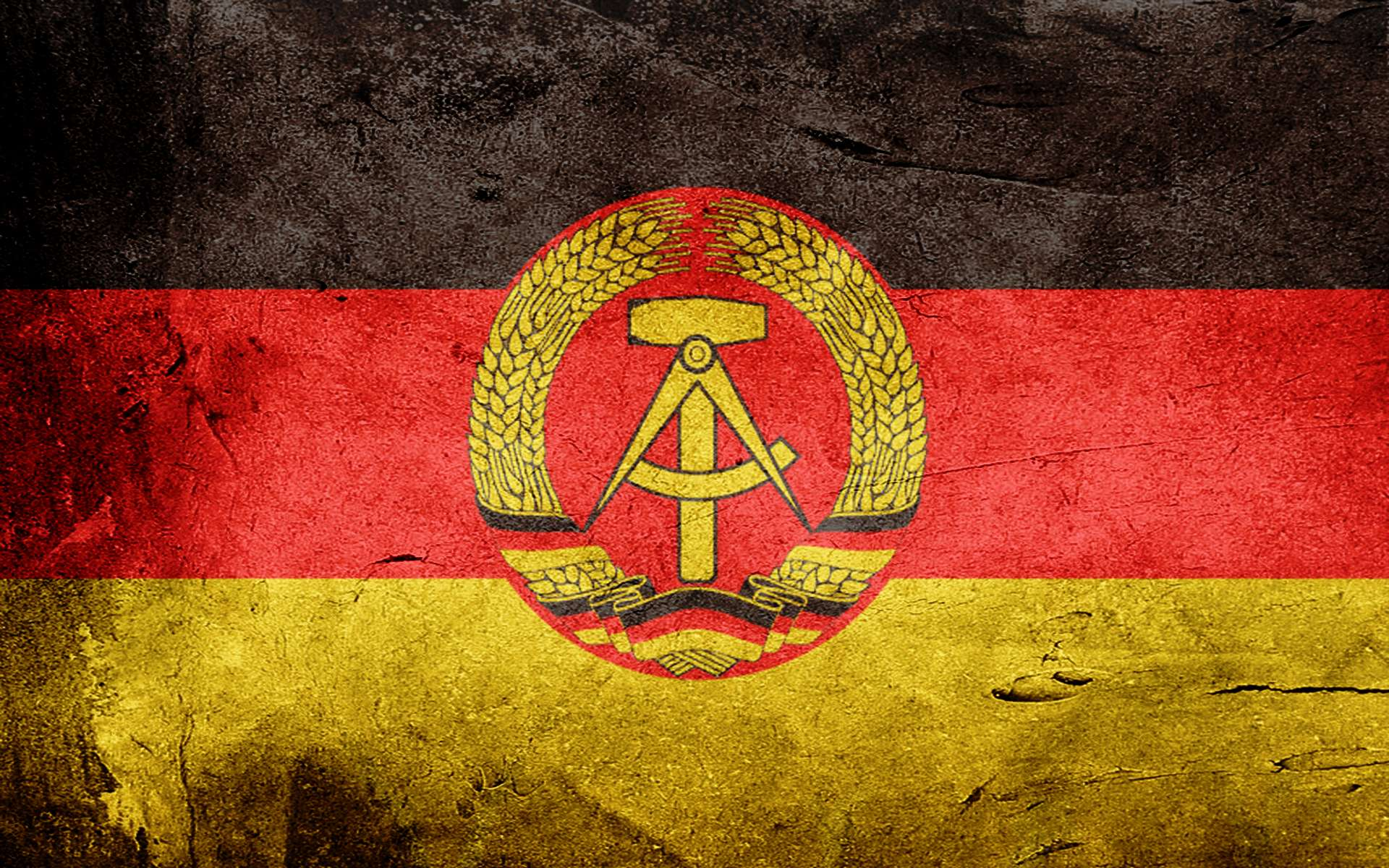 1 Flag Of East Germany HD Wallpapers