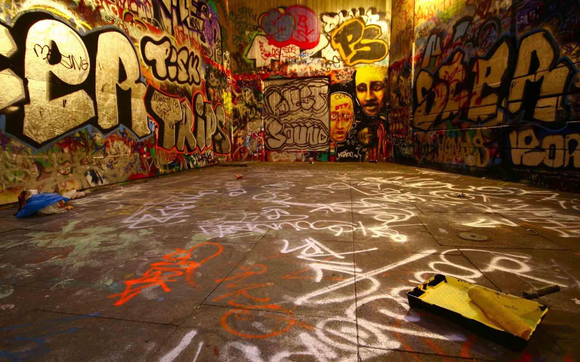 Graffiti Wall HD Wallpaper Free Download | New HD Wallpapers Download