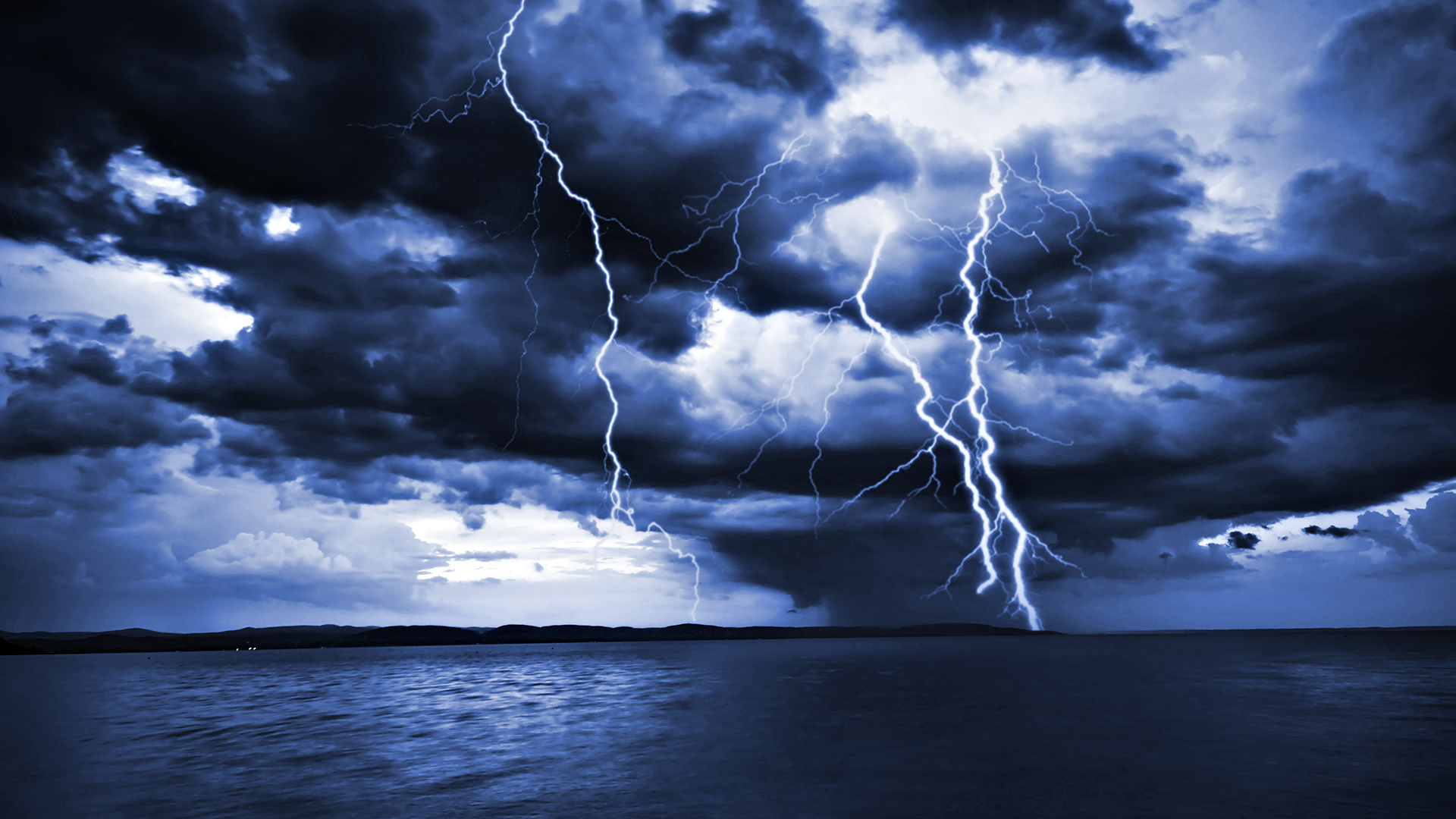 Lightening Wallpapers Group (88+)