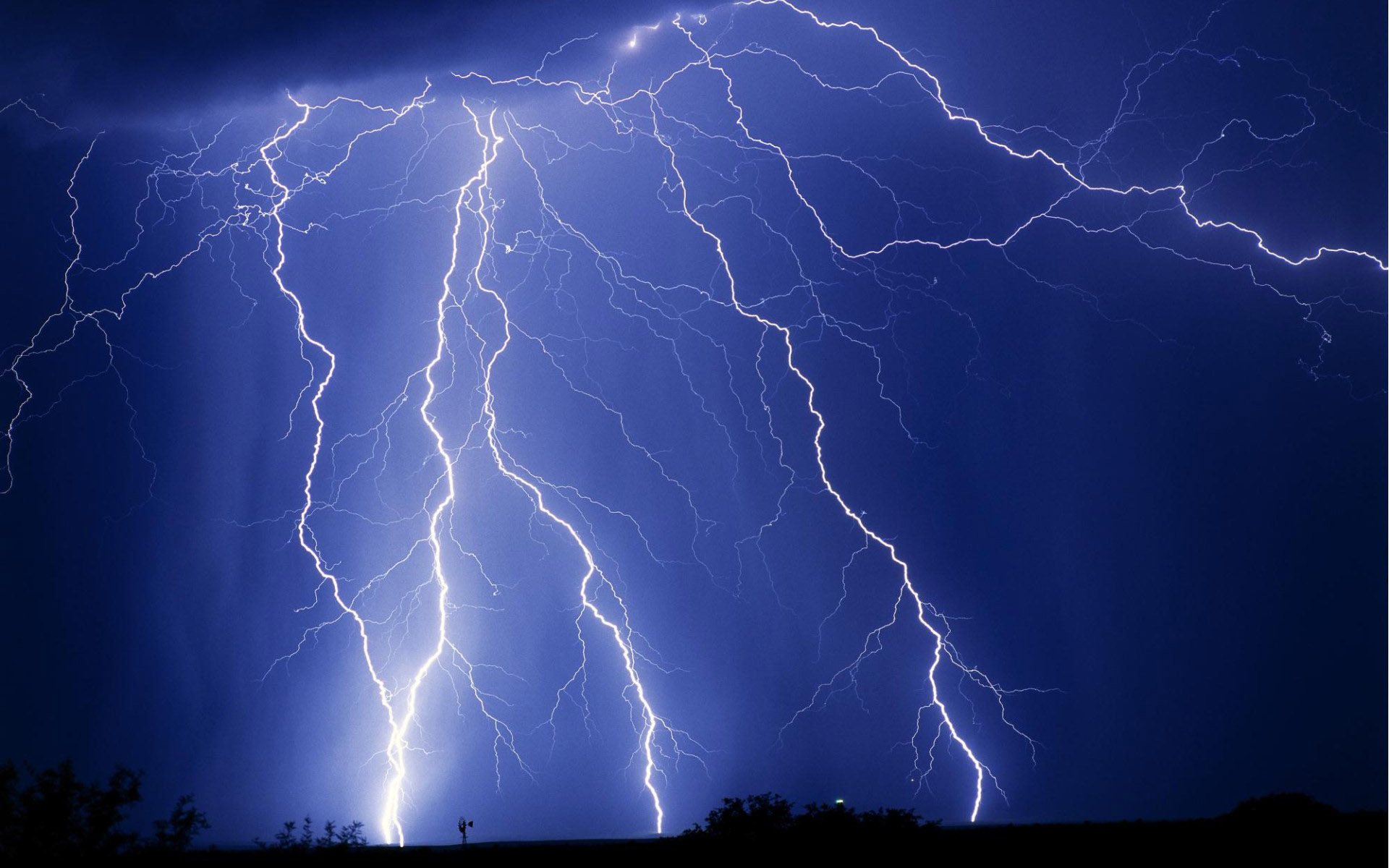 Lightning Wallpapers HD | PixelsTalk Net