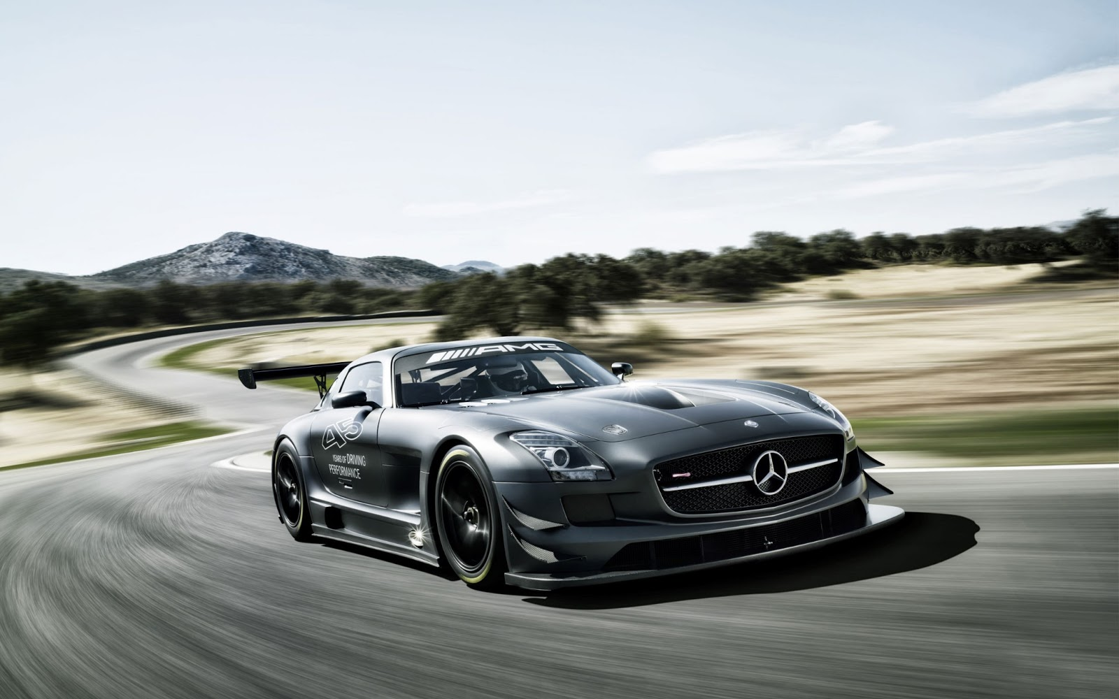 Collection of Mercedes Wallpaper on HDWallpapers