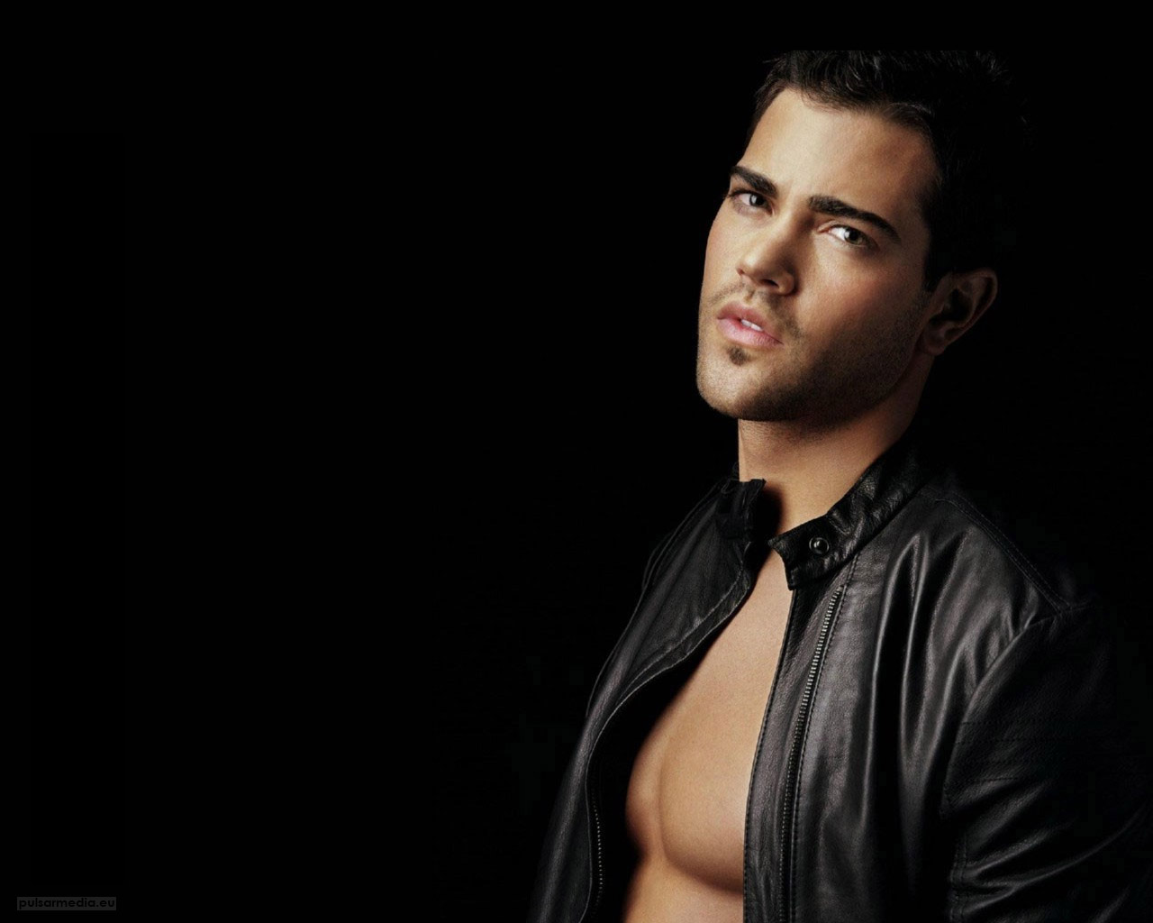 50 Hot and Sexy Men Wallpapers for PC | Smashing Yolo