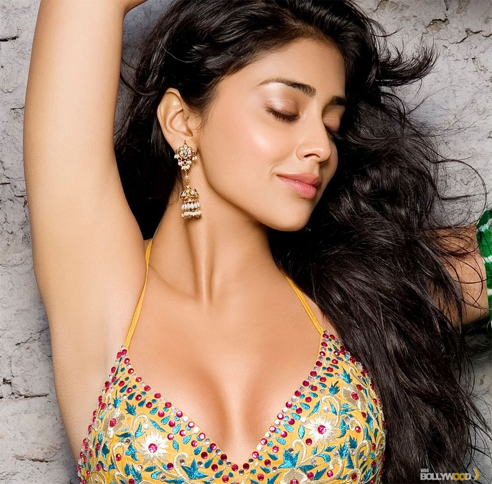 Collection of Bollywood Actress Gallery Wallpapers on HDWallpapers