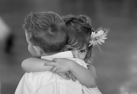 The Benefits of Hugging   SiOWfa15: Science in Our World