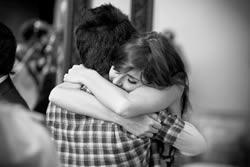 Difference between Hug and Cuddle   Hug vs Cuddle