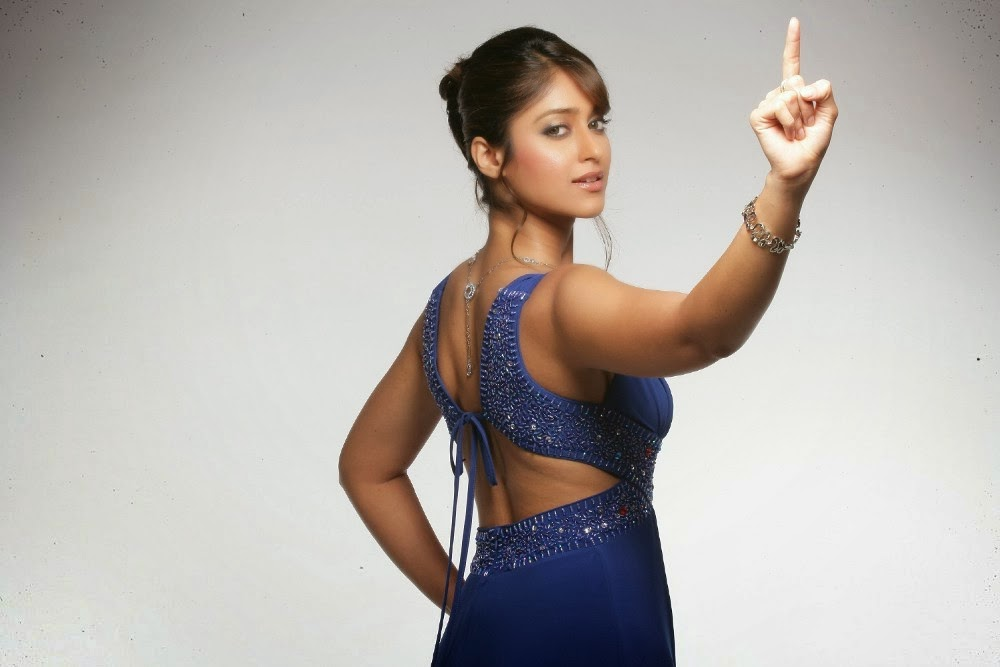 Royal Fun Break: Ileana D'Cruz HD Wallpapers Free Download