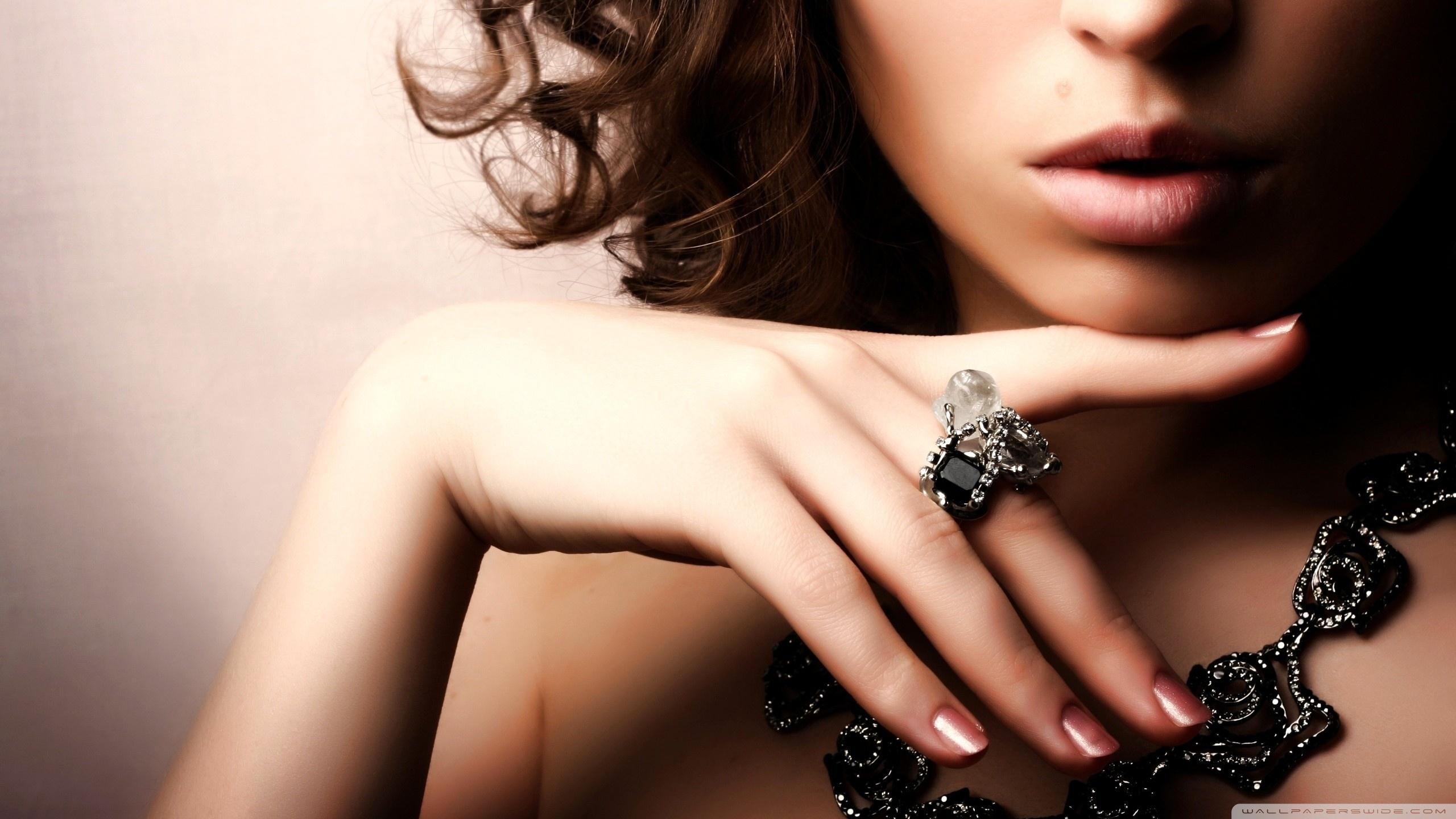 Jewellery HD desktop wallpaper : High Definition : Fullscreen : Mobile