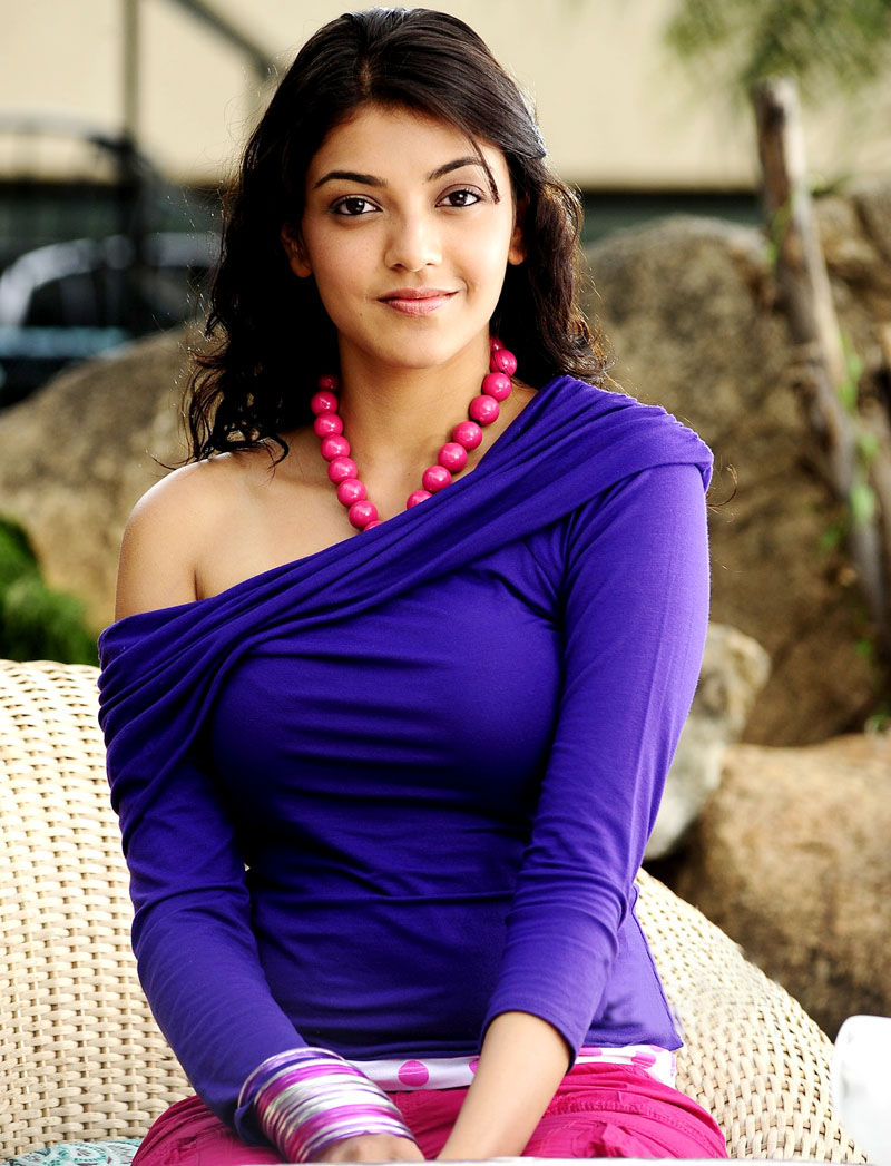 Kajal Agarwal Hot Photos, Images And HD Wallpapers
