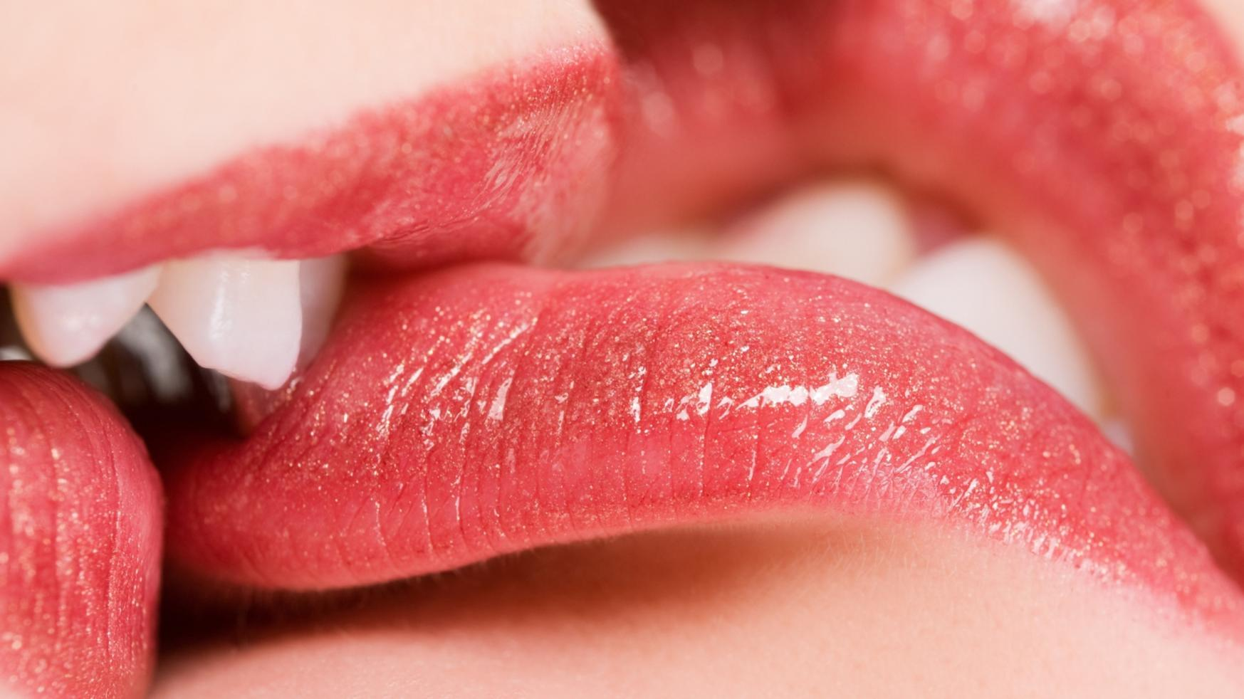 20 Types of Kisses And Their Meanings [Video + Pics] - Festivityhub