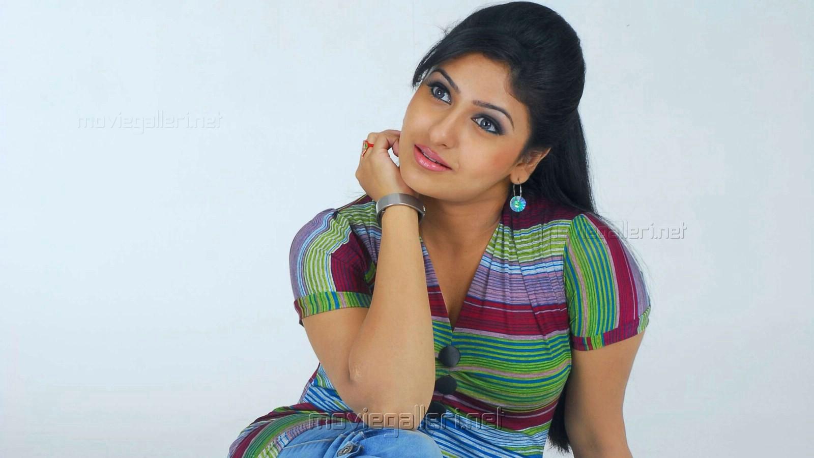 tamil actresses wallpapers - sf wallpaper