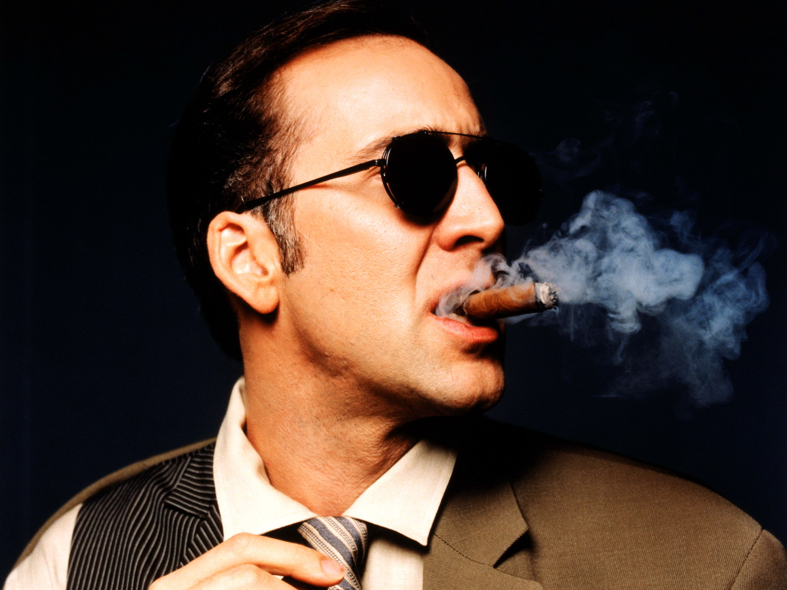 Nicolas Cage engaging Full HD wallpaper Free - Download Nicolas