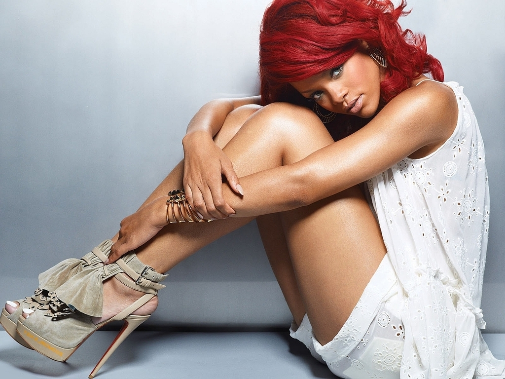 Free Rihanna Wallpapers - WallpaperSafari