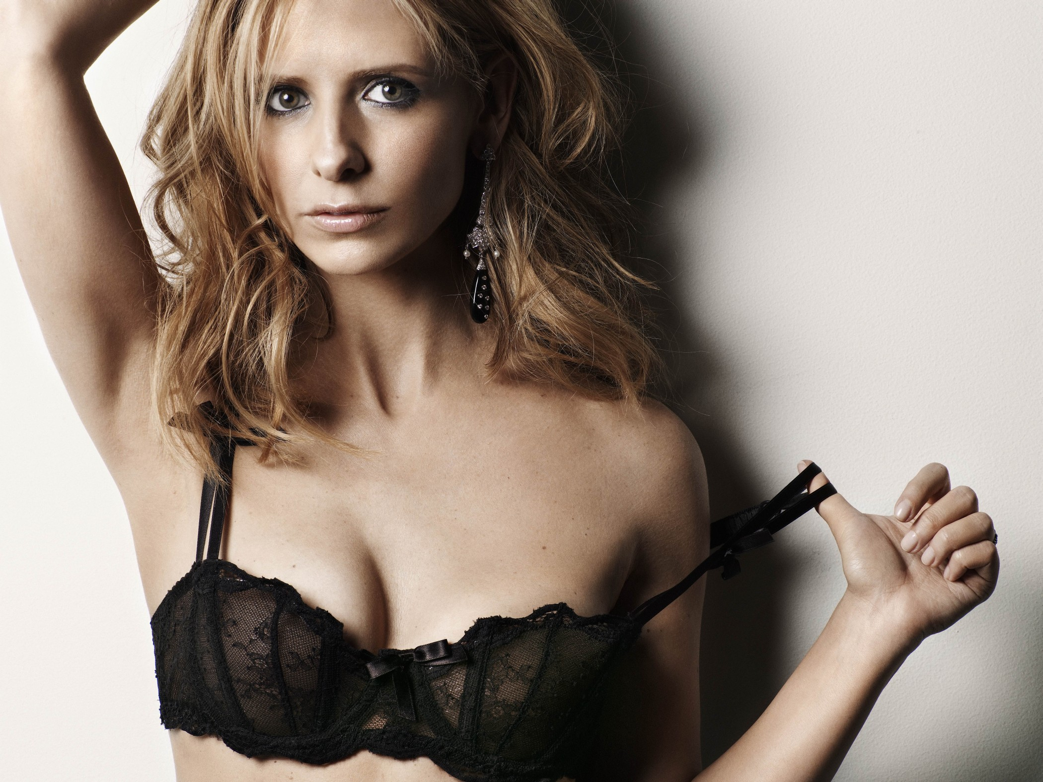Michelle Gellar hot