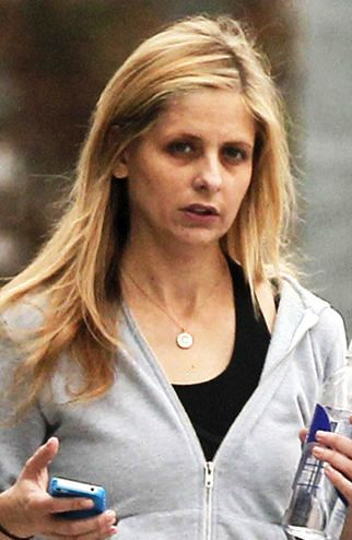Sarah Michelle Gellar 2017: dating, smoking, origin, tattoos