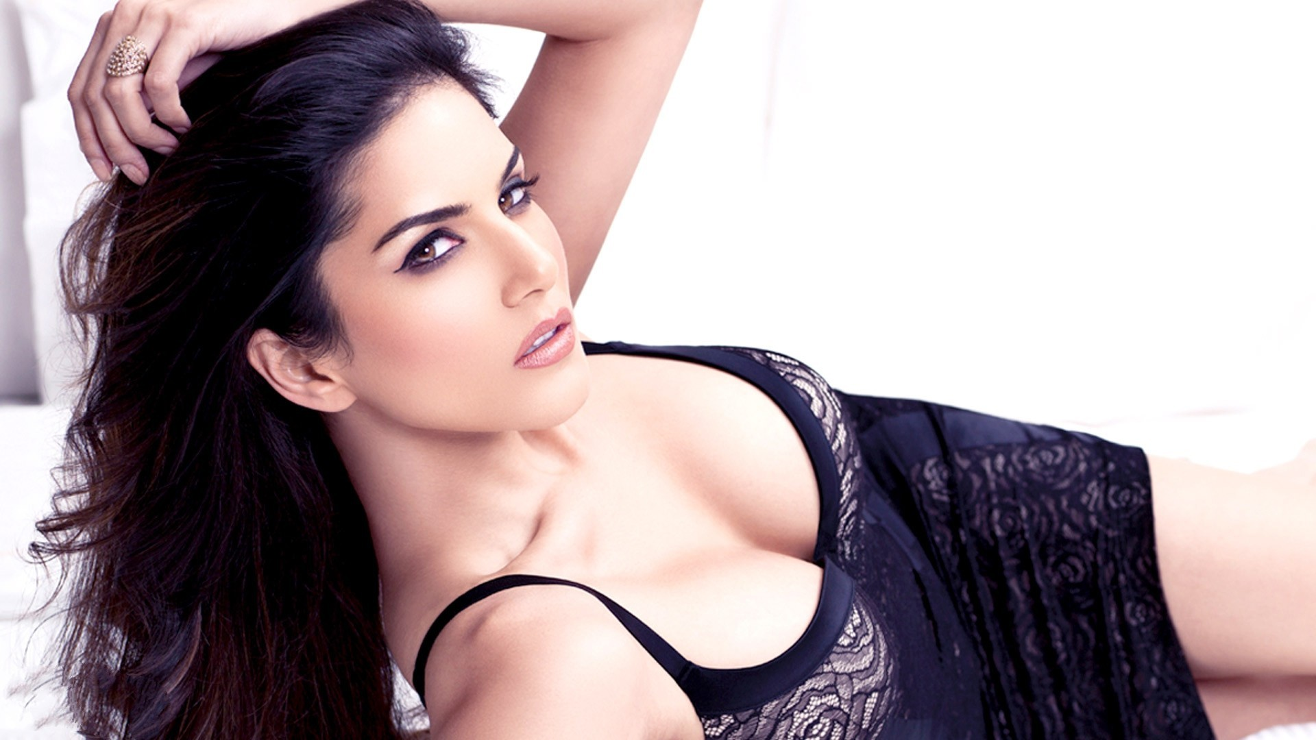 Sunny Leone HD Wallpapers - live wallpaper HD Desktop Wallpapers