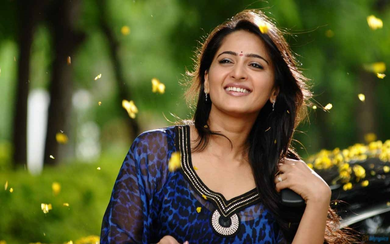 Tamil Actresses Wallpapers Sf Wallpaper
