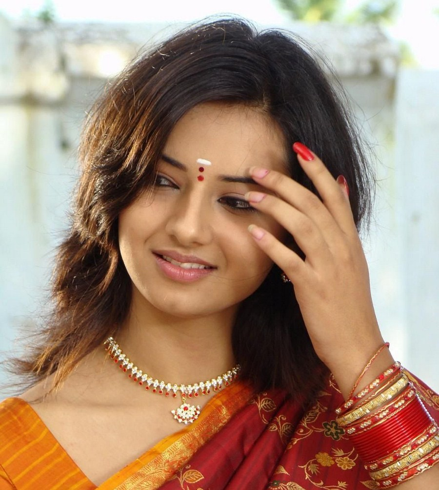 Telugu Heroines Wallpaper