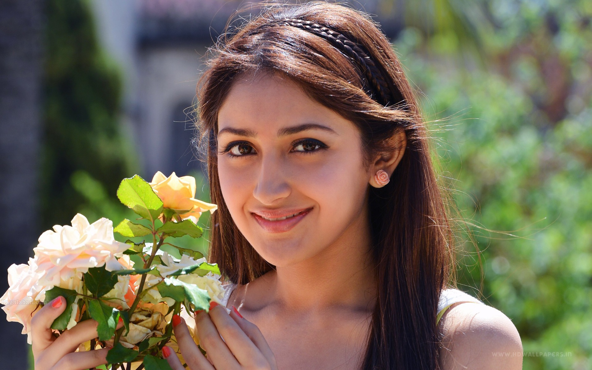 Telugu Actress Anushka Wallpapers in jpg format for free download