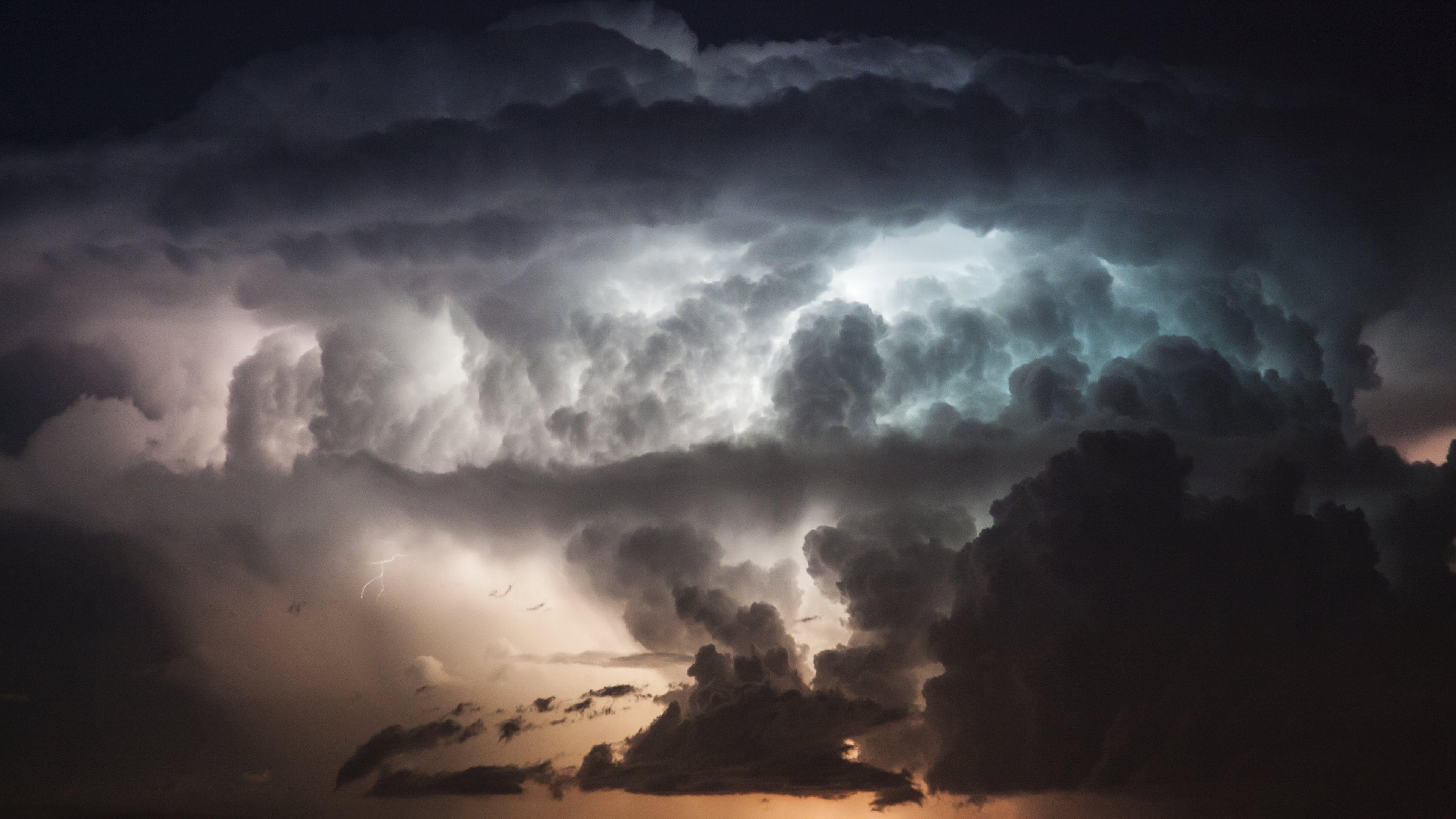 Thunderstorm Wallpapers · 4K HD Desktop Backgrounds Phone Images
