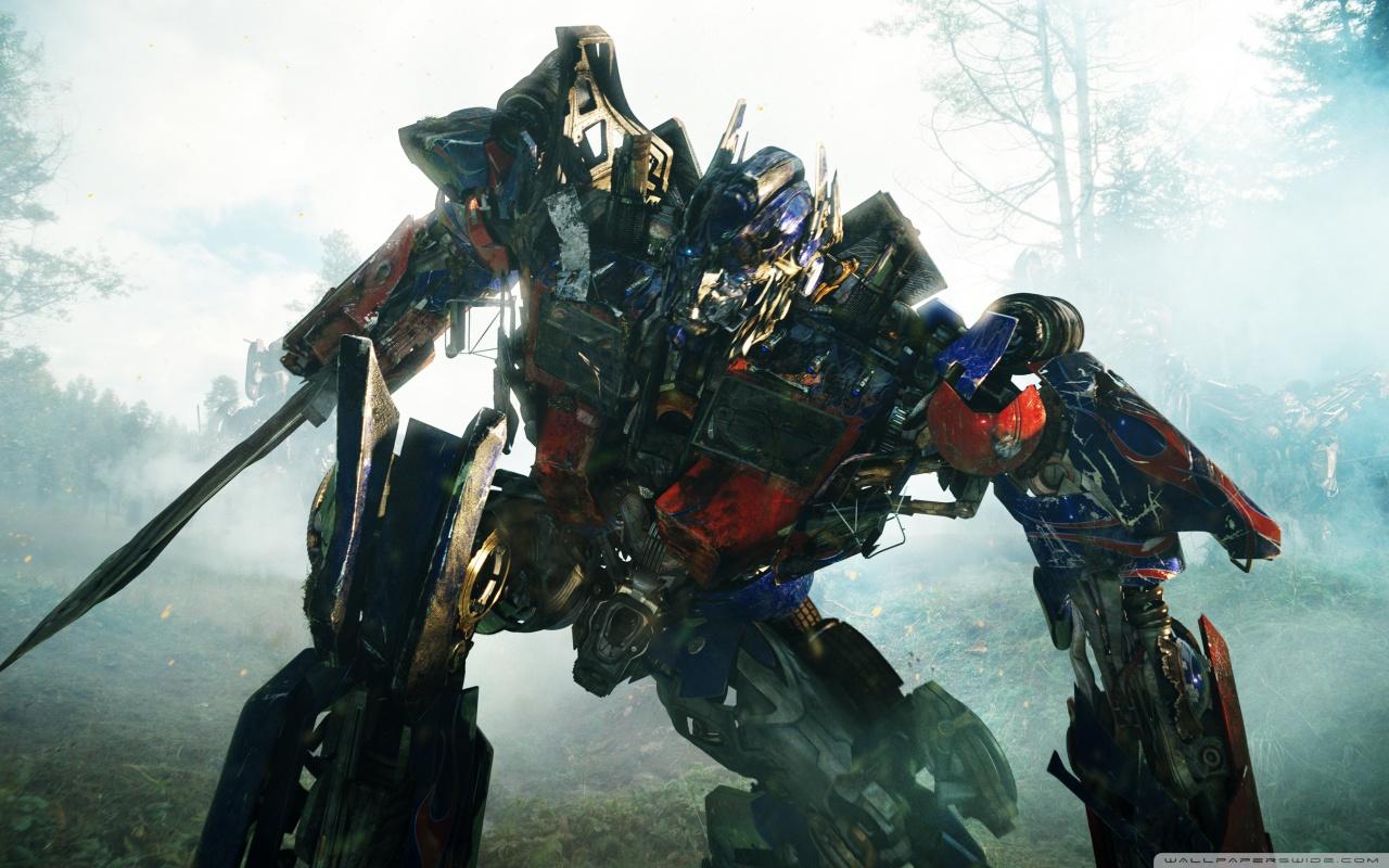 Optimus Prime - Transformers Revenge of the Fallen HD desktop