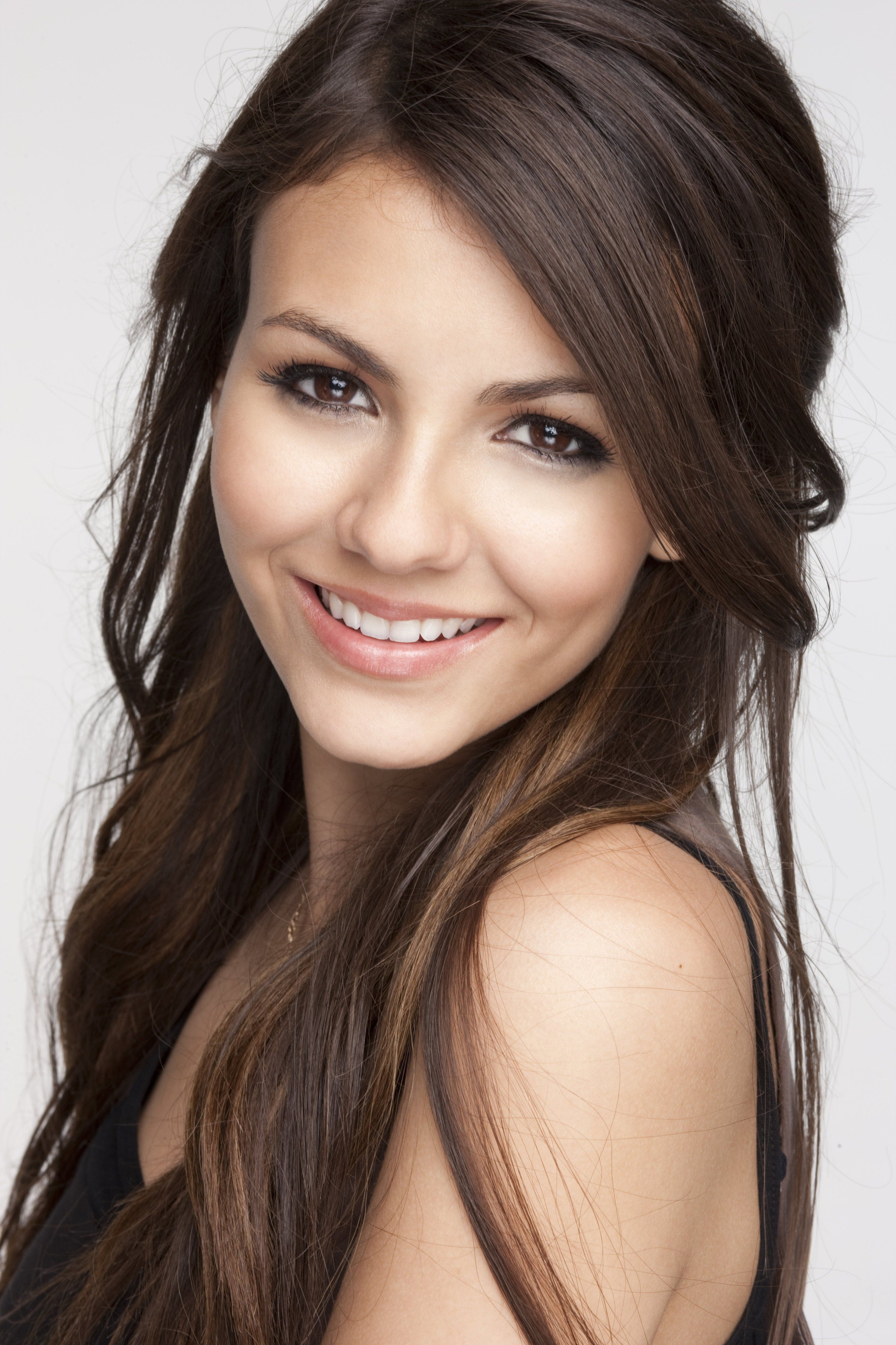 10+ images about Victoria justice on Pinterest | Ariana grande